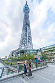 世界一高い自立式タワーに近い公文教室