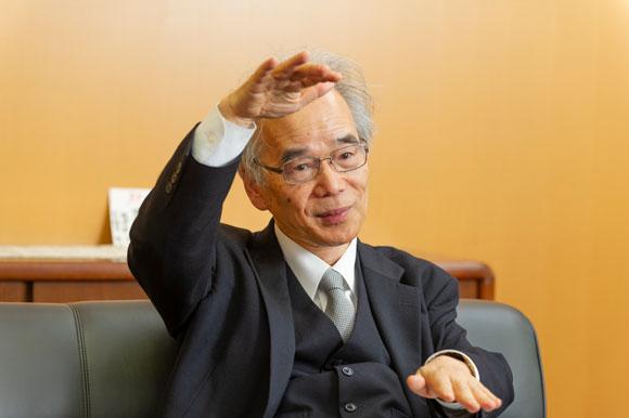 跡見学園女子大学学長笠原清志先生