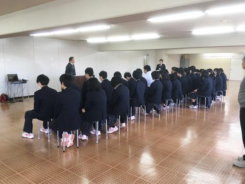 公文式の学校導入―村上学園高等学校