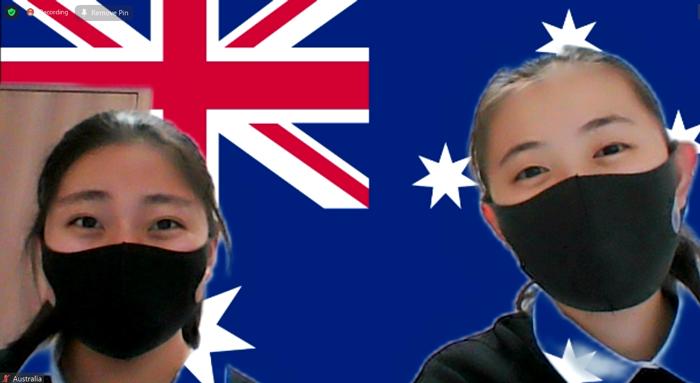 オーストラリア大使を担当した井口さん(左)と伊藤さん(右)